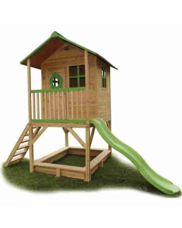 Детский домик на даче с горкой